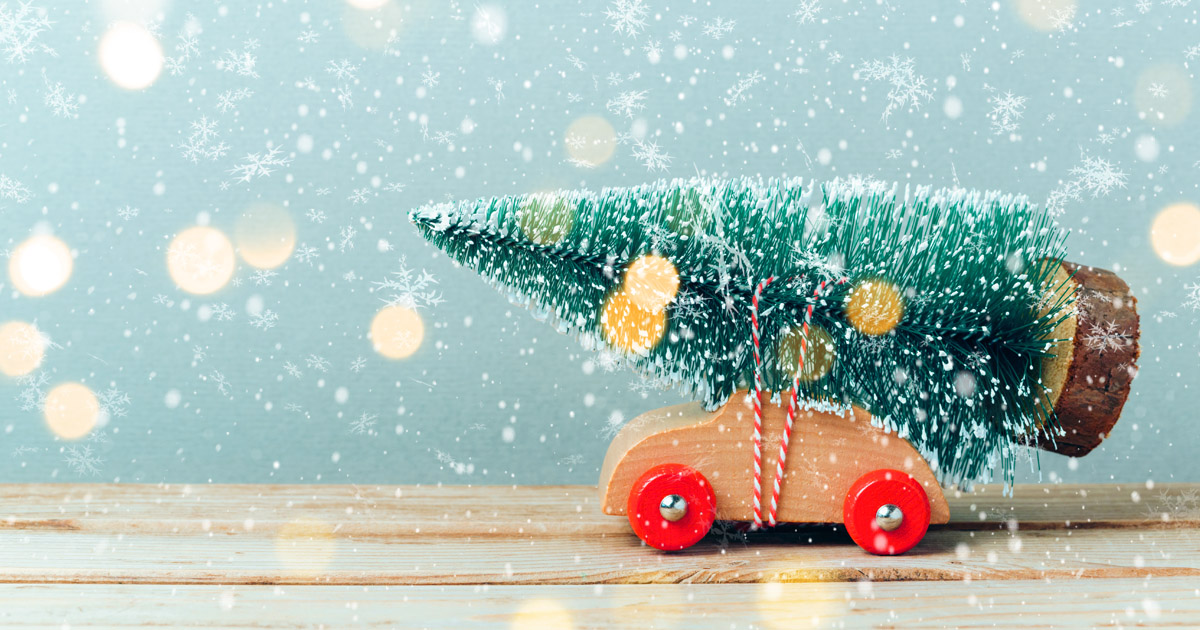 15 Tips on Holiday Marketing From an Award-winning Creative Director